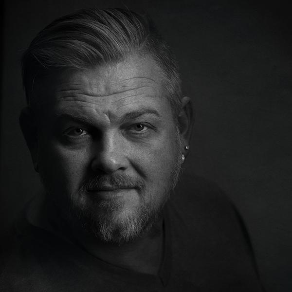 Headshot of Shane Michael of Shane Michael Studios Photographer